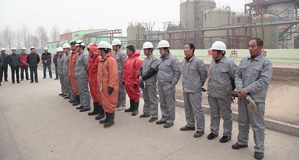 安全科组织科技公司开展危化品综合应急演练活动