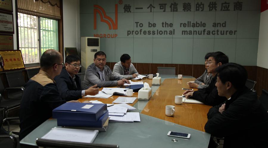 县安监局副局长王刚来乐天堂网址登录集团调研指导工作